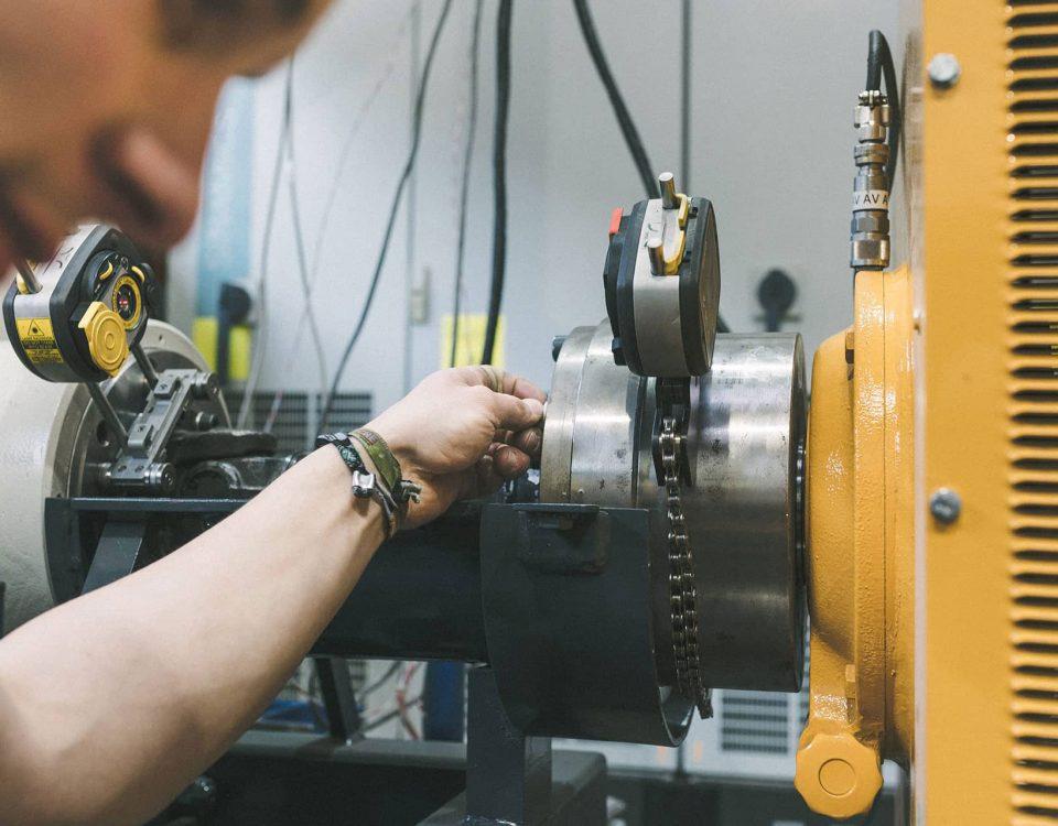 Reparatur der Maschinen